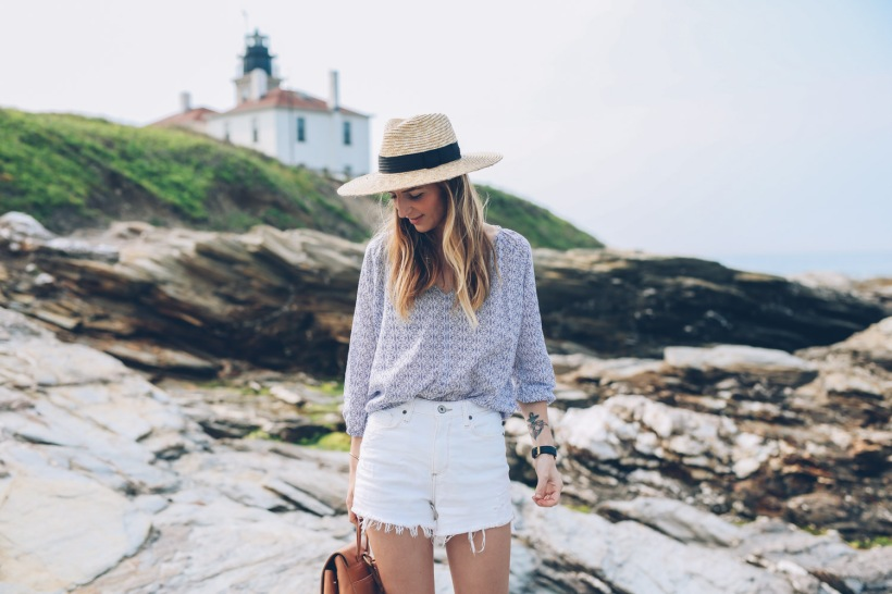white-jean-shorts-printed-blouse-summer-style-prosecco-and-plaid-9